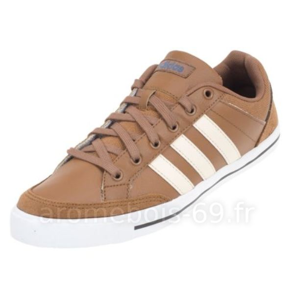 22ec421e25097 Découvrez le confort de la technologie Air avec les adidas neo homme marron.  Découvrez tous les styles de adidas neo homme marron pour hommes, ...