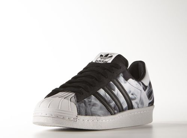 adidas superstar imprimé rose