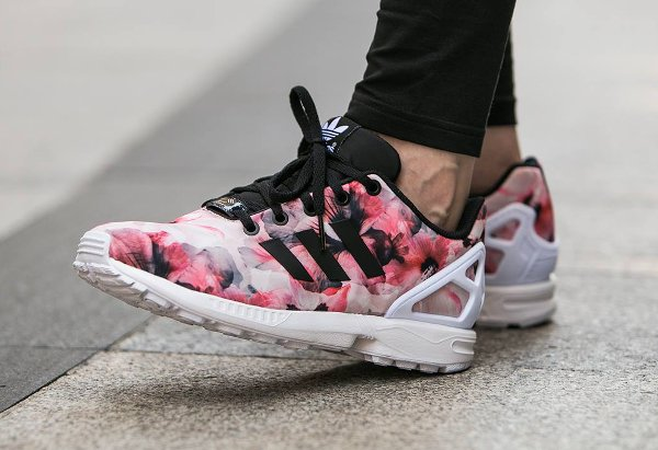 sneakers for cheap 8c9bc 32f4d Adidas zx flux noir et rose. ADIDAS ZX Flux - Baskets - Rose ... Adidas ZX  Flux K Rose Pink White Fleur Print Multicolor Femmes Juniors Trainers  Blanche  .