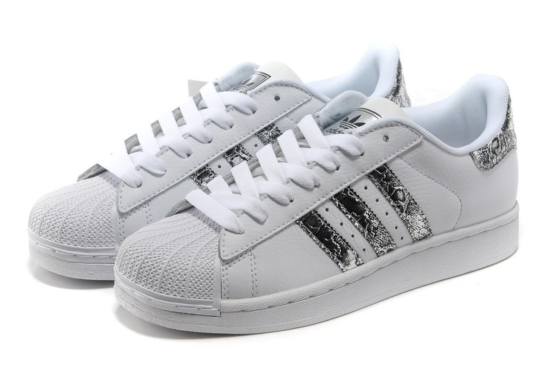 image de basket adidas superstar