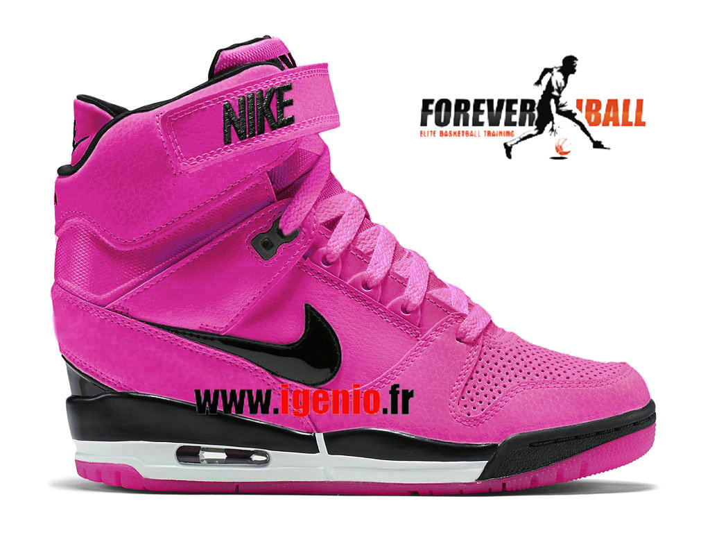 Chaussures adidas sl 72 nike air revolution pas cher nike air revolution  pas cher · burberry group burberry group · basket nike air pegasus homme d47341e2839d